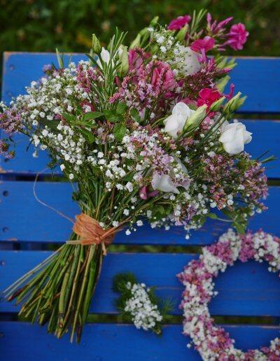 Brautstrauss Luftig Weiss Rosa Pink