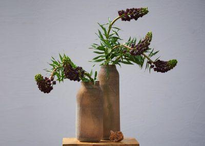 Frittillaria In Strukturierter Glasvase