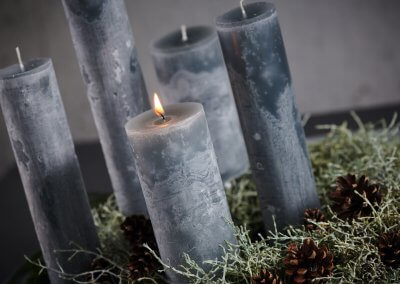Graue Kerzen Adventskranz